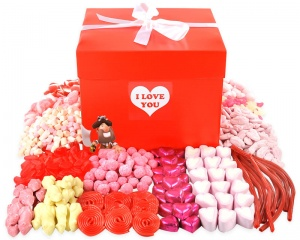 I Love You Giant Sweet Hamper