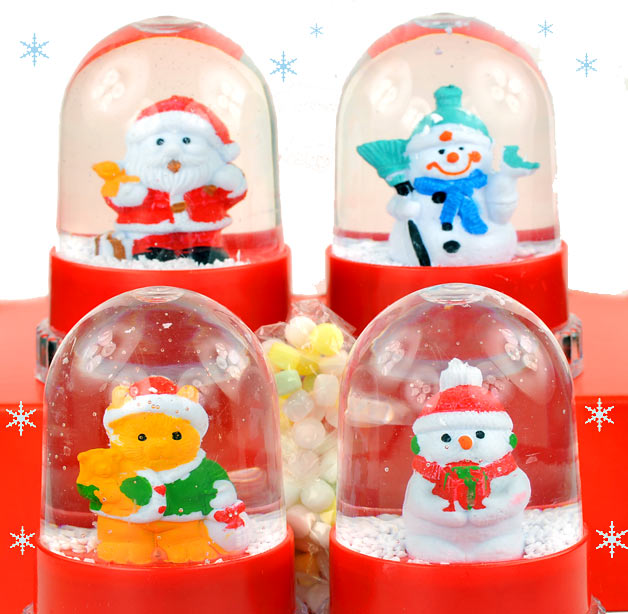Christmas Snow Dome With Mini Candies