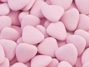Pink Chocolate Heart Dragees (1Kg Box) approx 250 hearts