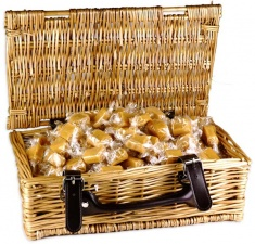 Clotted Cream Fudge Wicker Hamper